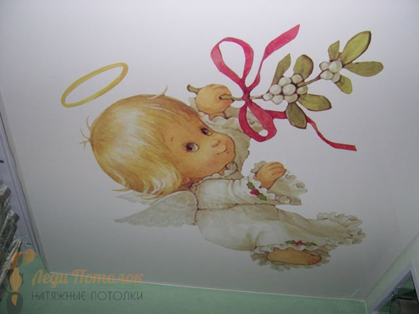 Фото натяжного потолка в детской